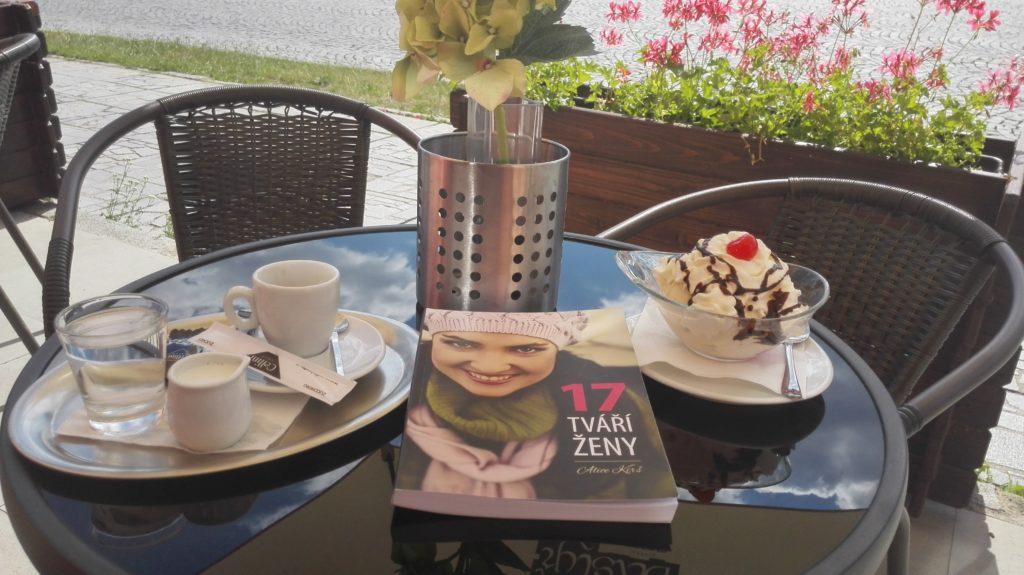 Recenze knihy – 17 tváří ženy